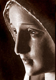 On July 14, in 1972, the international Pilgrim Virgin Statue Our Lady of Fatima cried in New Orleans.